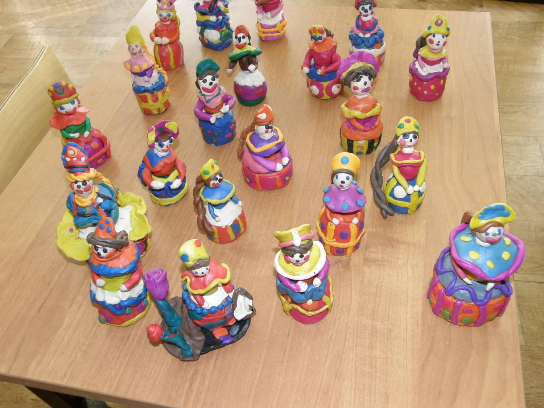 Как сделать дымковские игрушки с пластилином